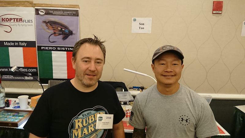 Ruben Martin en el International Fly Tying Symposium