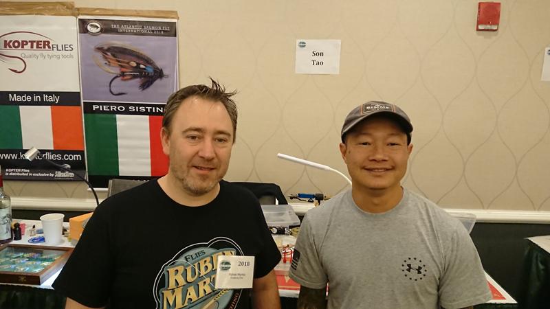 Ruben Martin en el International Fly Tying Symposium