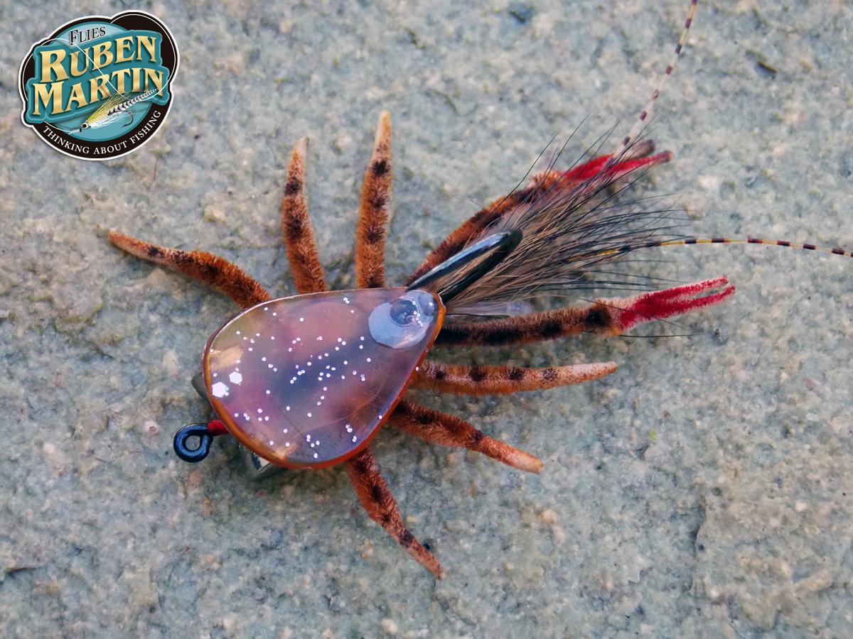 Saltwater crab fly by Ruben Martin